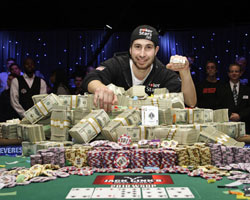 Canadian Jonathan Duhamel wins 9 Million USD