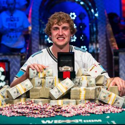 Ryan Riess 2013 WSOP Main Event Champion